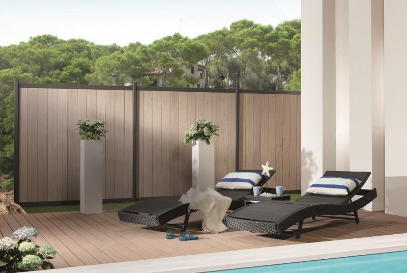 Notizie pannelli in wpc per giardini e terrazzi dalle aziende for Divisori per terrazzi